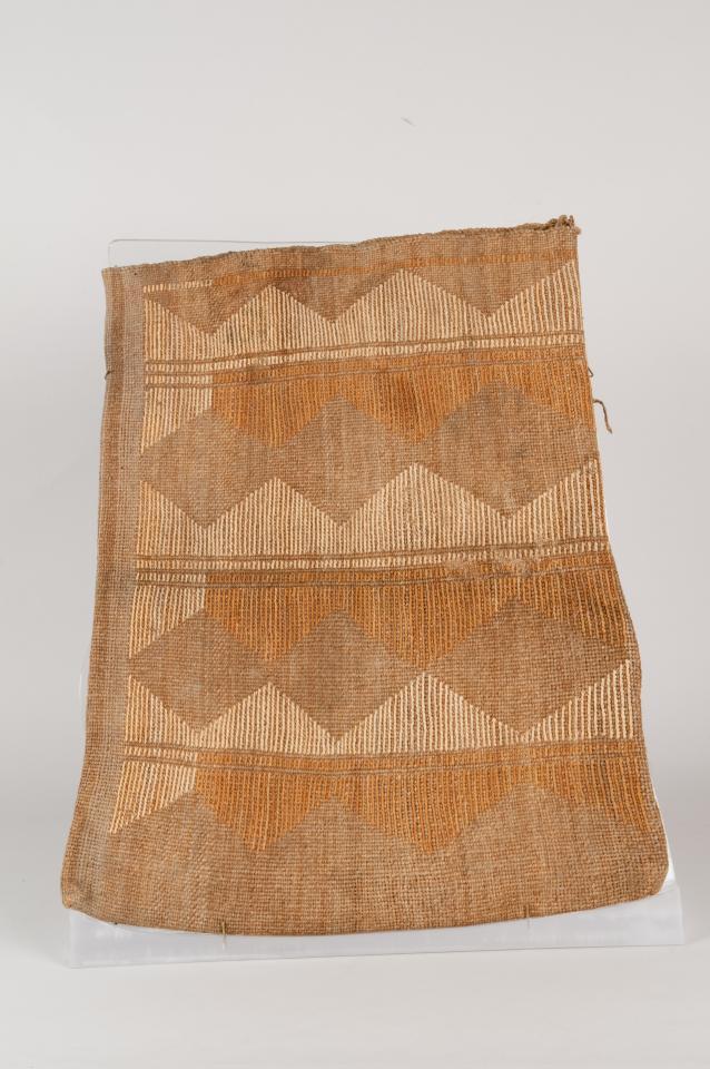 Hemp and cornhusk flat storage bag